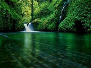 320x240 waterfall z7kio6fy